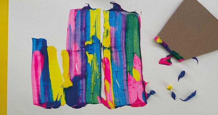 bawić się kolorami